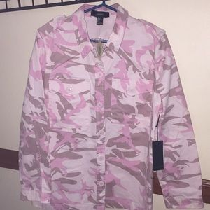 Forever 21 pink camo button down shirt NWT